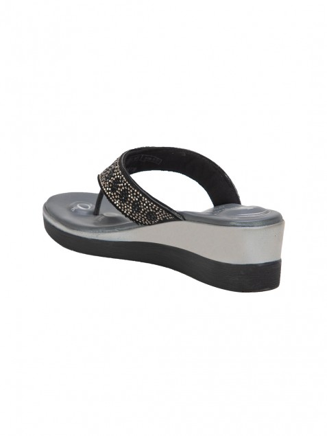 Buy Von Wellx Quinn Comfort Black Slippers Online in Maharashtra